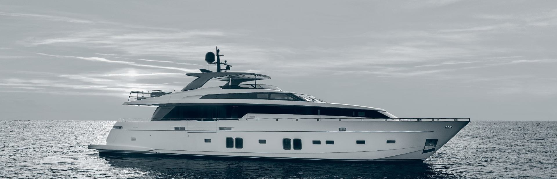 SL106 Yacht Charter