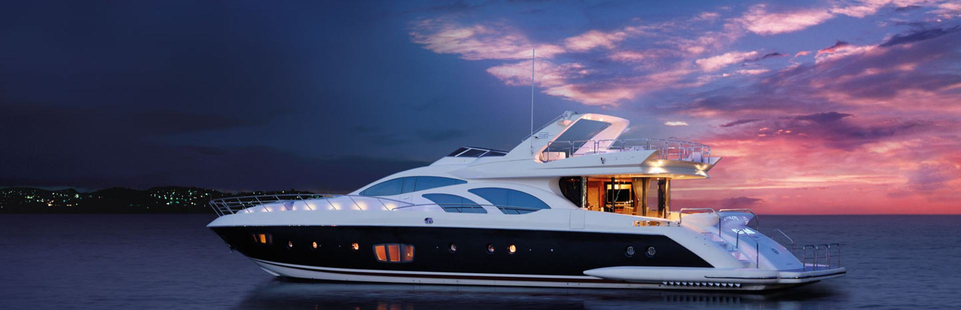 Azimut 98 Leonardo Yacht Charter