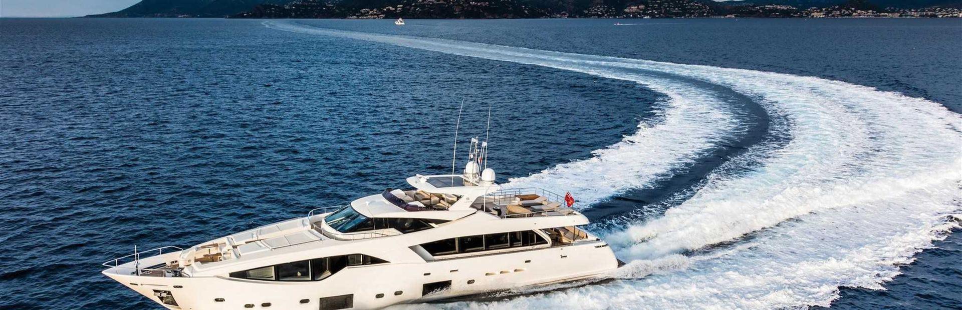 Custom Line 108 Yacht Charter