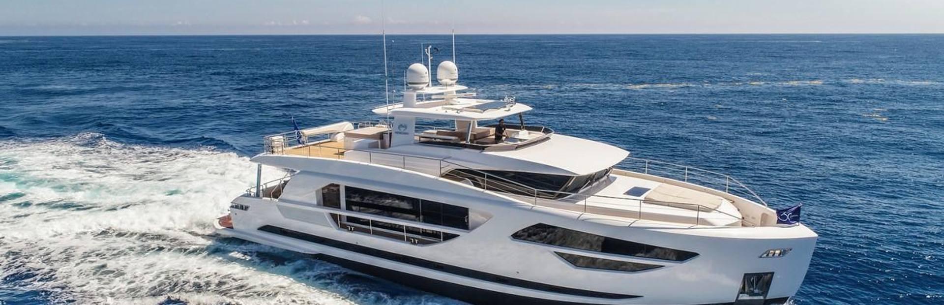 FD85 Yacht Charter