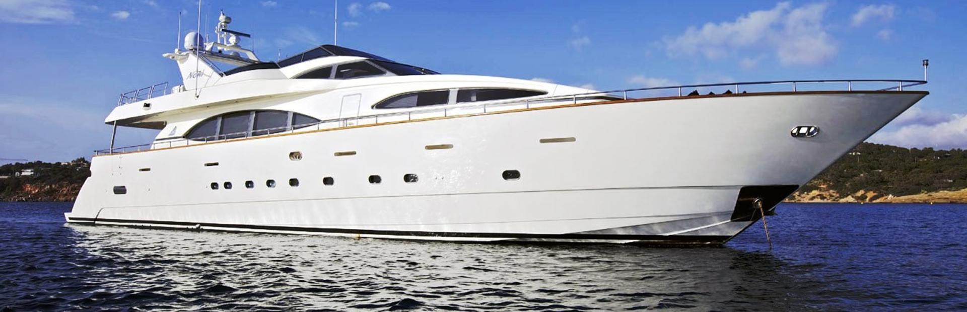 Azimut 100 Jumbo Yacht Charter