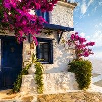Skopelos Guide