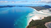 aerial shot of whitsundays islands