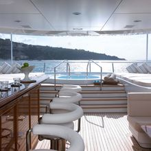 Majestic Yacht Sundeck - Bar