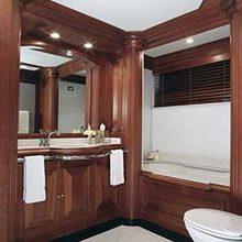 Focus Yacht Guest Bathroom