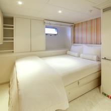 MP5 Yacht Extra Single Stateroom