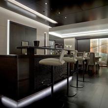 Mogambo Yacht Main Salon - Bar