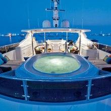 BB Yacht Jacuzzi