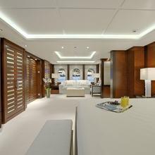 Huntress Yacht Guest Cabn