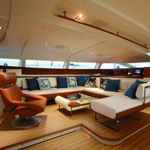 Yam 2 Yacht Main Saloon