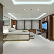 Huntress Yacht VIP Stateroom - Overview