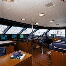 Is A Rose Yacht Wheelhouse