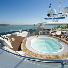 No Comment Yacht Jacuzzi