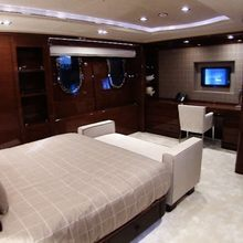 Vision Yacht Guest Stateroom - Screen