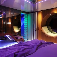 Nonni II Yacht VIP Cabin Earth - Leather Seating