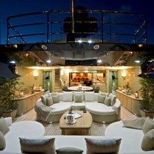 Hokulani Yacht Alfresco Dining