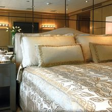 Majestic Yacht VIP Stateroom - Upper Deck