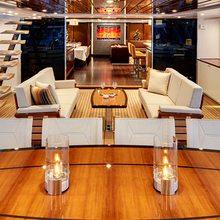 Kokomo III Yacht Cockpit - Seating