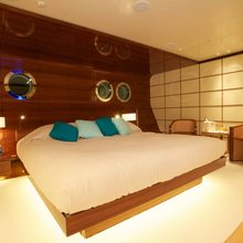 Dragonfly Yacht Guest Stateroom