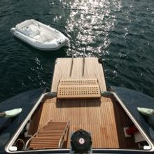 Mbolo Yacht