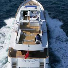 Providence Yacht Running Shot - Overhead