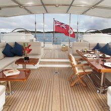 Koo Yacht Deck Dining