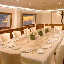 M5 Yacht Dining Salon- Table Set