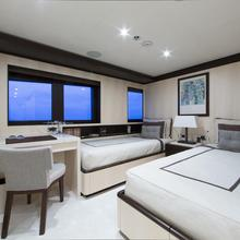 4You Yacht Twin Stateroom - Near Master
