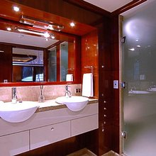 Seafaris Yacht Master Shower
