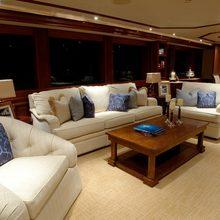 Nina Lu Yacht Salon - Seating
