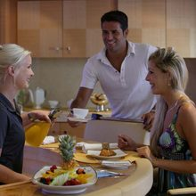 Huntress Yacht Breakfast Service