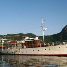 Lady Hertha Yacht