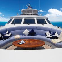 You & Me Yacht Foredeck Seating