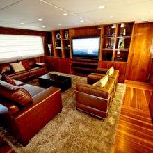 Zenith Yacht Salon - Screen