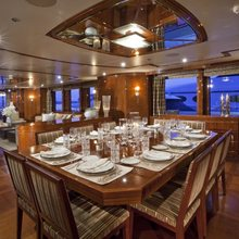 BB Yacht Dining Area