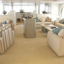 Lady Arraya Yacht Skylounge