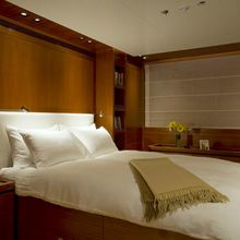 Ethereal Yacht Master Stateroom - Bed