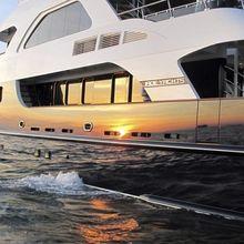 Jade 95 Yacht
