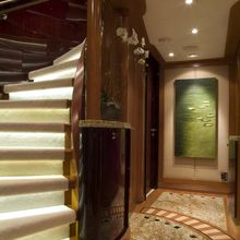 Reef Chief Yacht Lower Foyer