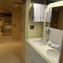Lady Arraya Yacht Bathroom & Stateroom