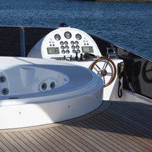Nema Yacht