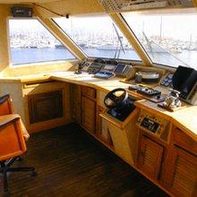 Sea Life Yacht