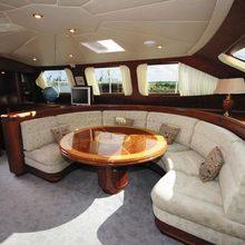 Vita Bella Yacht