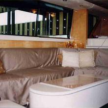 Meditacion Yacht
