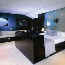 Slo Mo Shun Yacht Master Stateroom