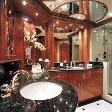 Wonder Yacht Master Bath
