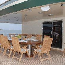 Ariete Primo Yacht Alfresco Dining