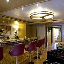 H Yacht Main Saloon Bar