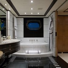 Caoz 14 Yacht Her Bathroom
