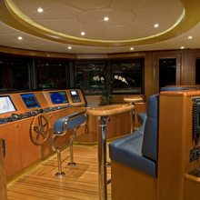 Reef Chief Yacht Bridge